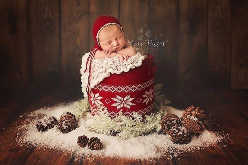 145855-900-1450949548-ad-knitted-christmas-baby-outfits-03