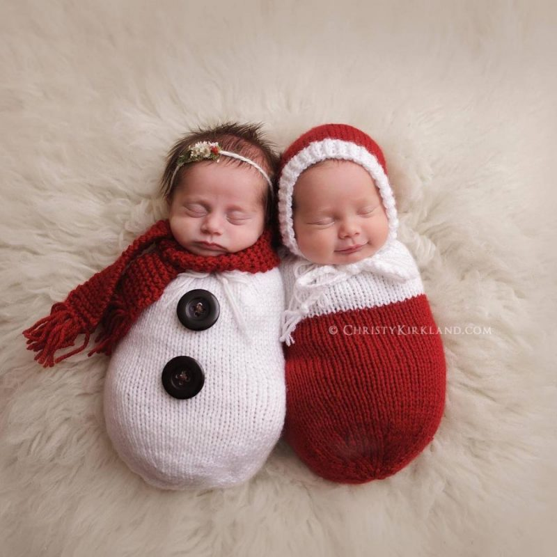 145905-900-1450949548-ad-knitted-christmas-baby-outfits-01
