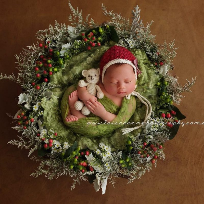 146255-900-1450949548-ad-knitted-christmas-baby-outfits-14