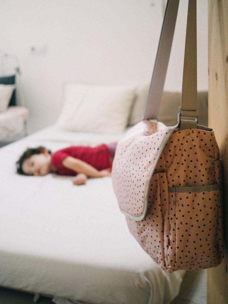 Previjalna torba Sladke sanje, pink