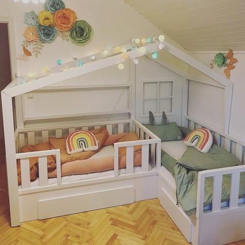 Hiška postelja