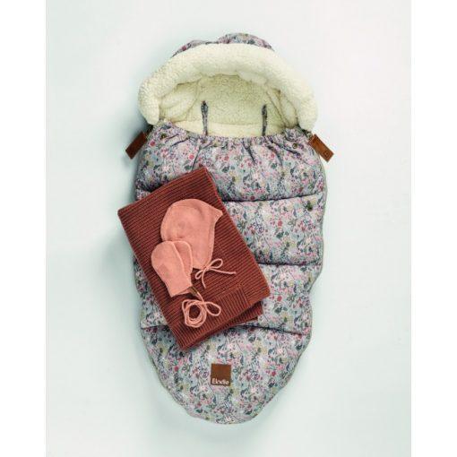 footmuff-wool-knitted-blanket-vintage-helmet-cap-mittens-aw19-elodie-details-studio_4.5