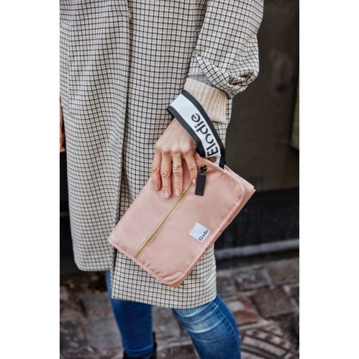 portable-changing-pad-aw19-elodie-details-lifestyle_1_1000px