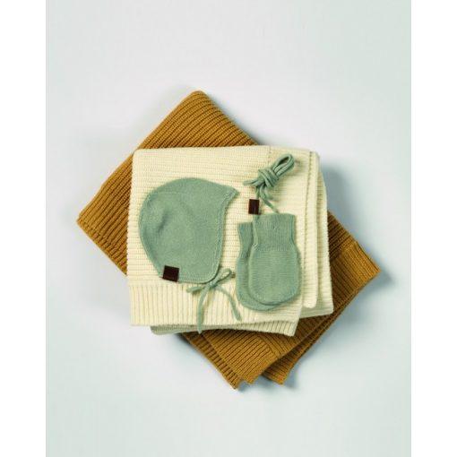 vintage-helmet-cap-vintage-mittens-wool-knitted-blanket-aw19-elodie-details-studio_1_4.5_1