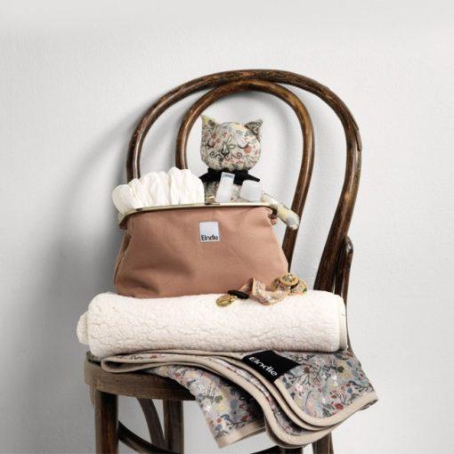 zip_go-pearl-velvet-blanket-aw19-elodie-details-studio_2_1.1_4