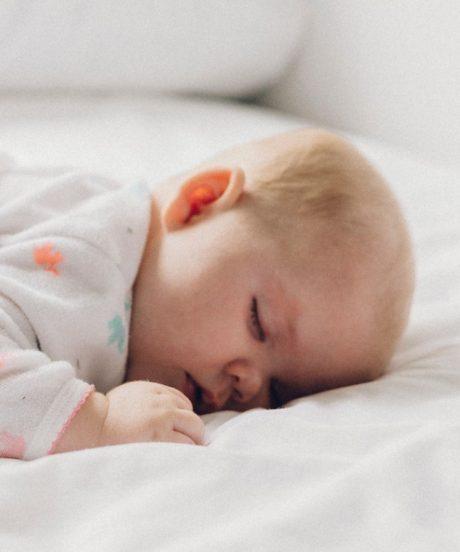 Vzmetnica za otroško posteljo.
